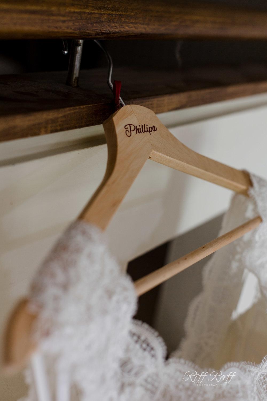 Phillipa & Simon - Blog Preview-031.jpg