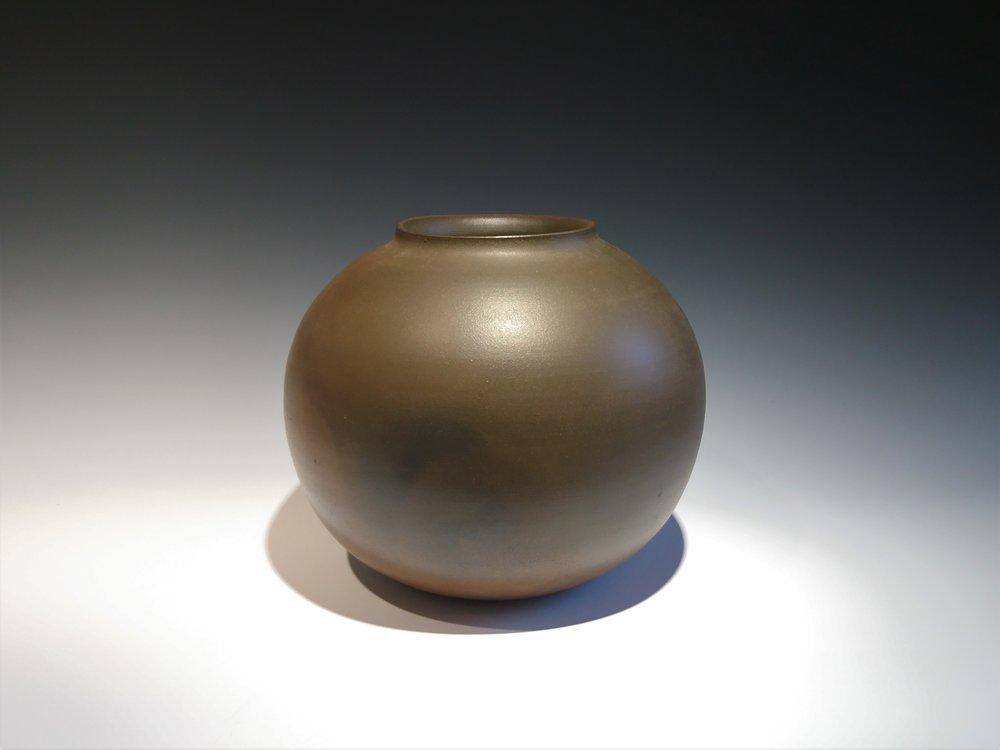 ONODERA Gen Echizen Jar.JPG