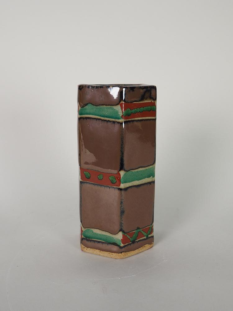 HAMADA Shoji Six-sided Vase1.jpg