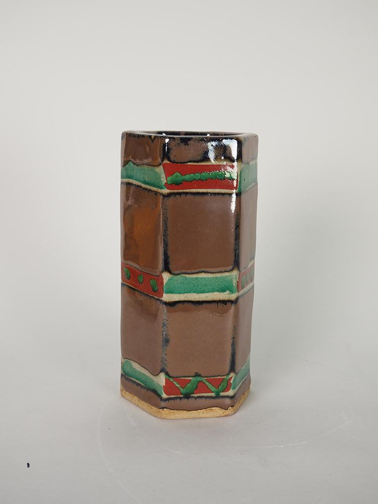 HAMADA Shoji Six-sided Vase4.jpg