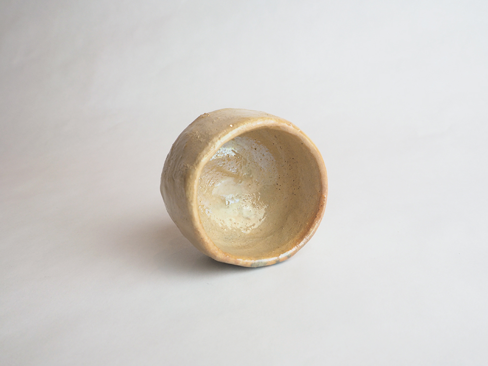 TSUDA Tomoko Yellow Sake Cup4.jpg