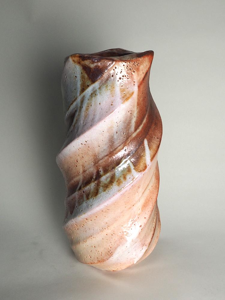KATO Yasukage Shino Vase2.jpg