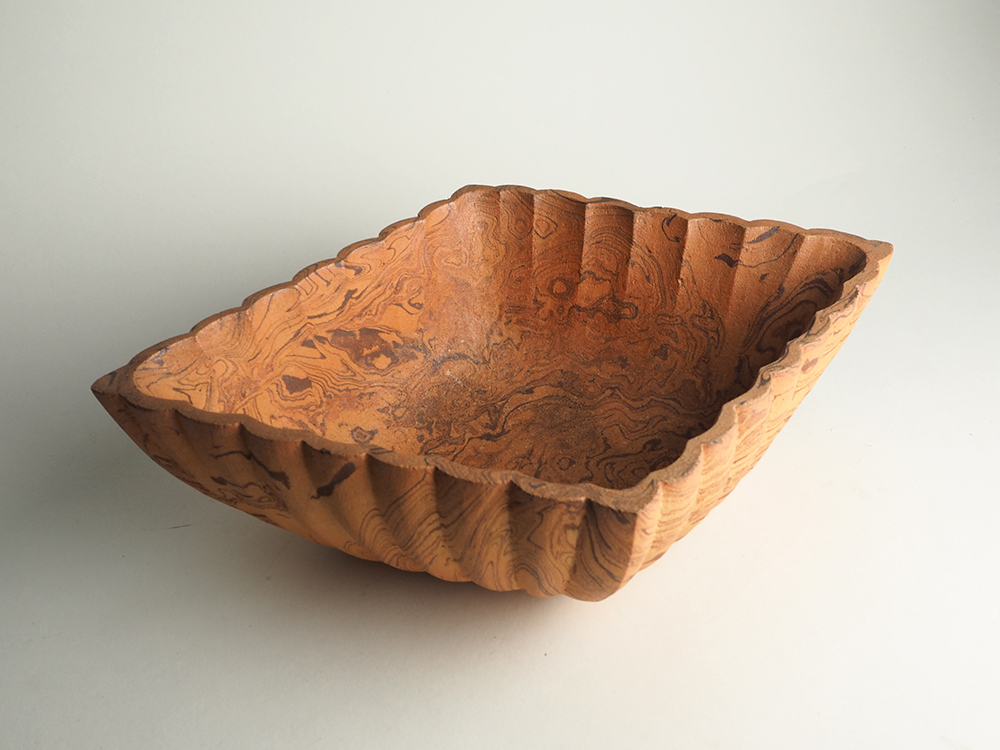 TSUJI Kyo Diamond-shaped Bowl2 2.jpg