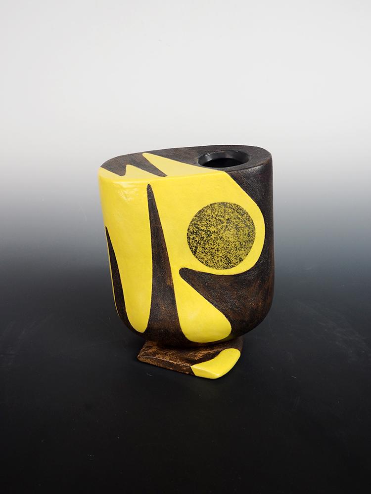 YANAGIHARA Mutsuo Yellow Oribe Flower Vase 2.jpg