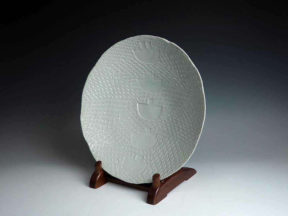 SUZUKI Osamu Celadon Plate 1.jpg