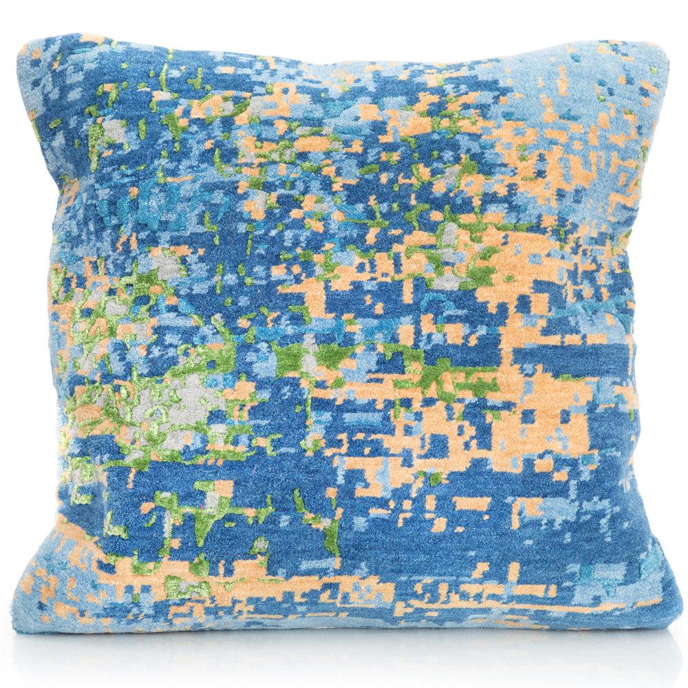 Pillows 23.jpg