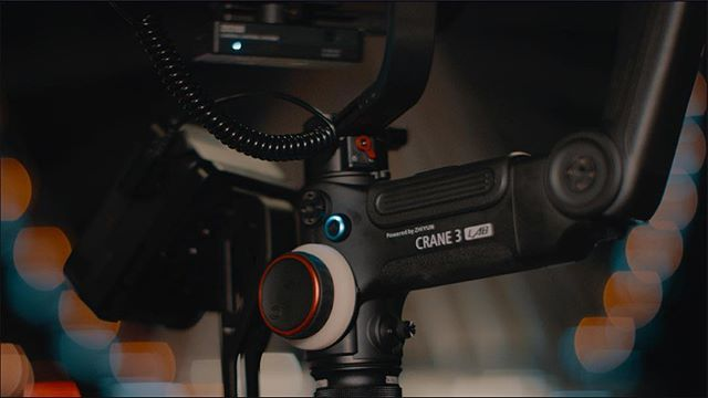 Love this frame grab of the new @zhiyun_tech Crane 3 Lab!! We took it out for a full day of tests with the @blackmagicnewsofficial Pocket Cinema 4K and @reddigitalcinema Gemini 5K!  Stay tuned next week for a new Video on @youtube talking about the pros/cons of the Crane 3 Lab!  #zhiyun #crane3lab #blackmagicdesign #pocketcinemacamera4k #bmpcc4k #red #gemini5k #redcamerauser #filmmaker #youtube #seattle #nightshoot #film #review #unboxing #bokeh #framegrab #davinciresolve