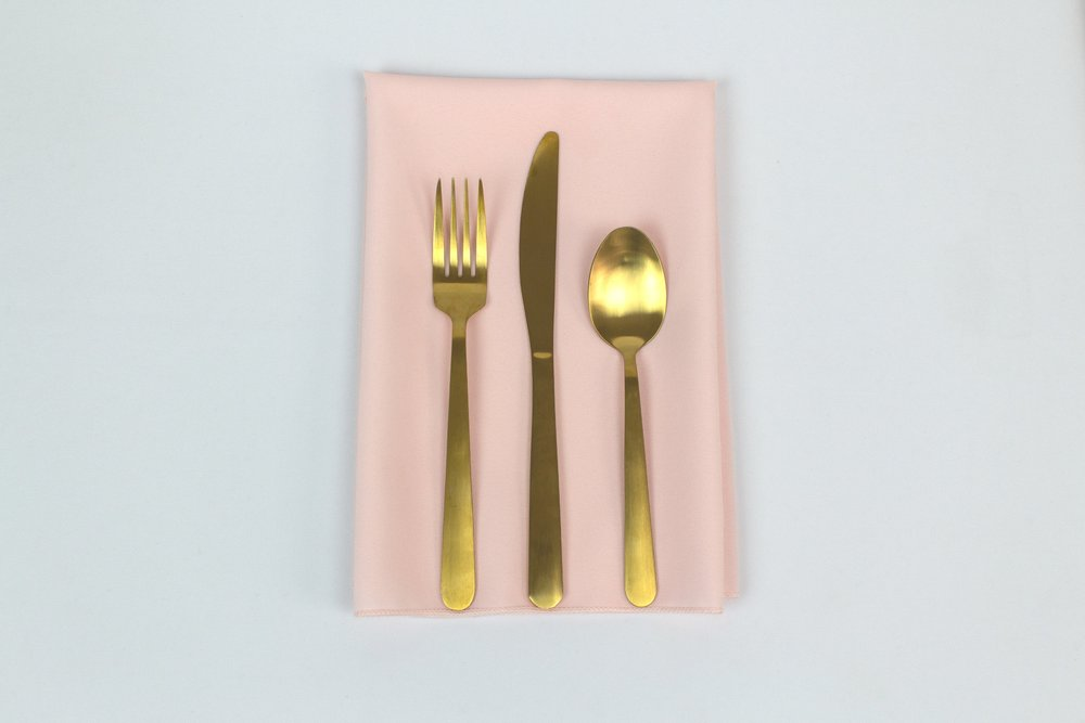Blush Napkin with Gold Stemware.jpg