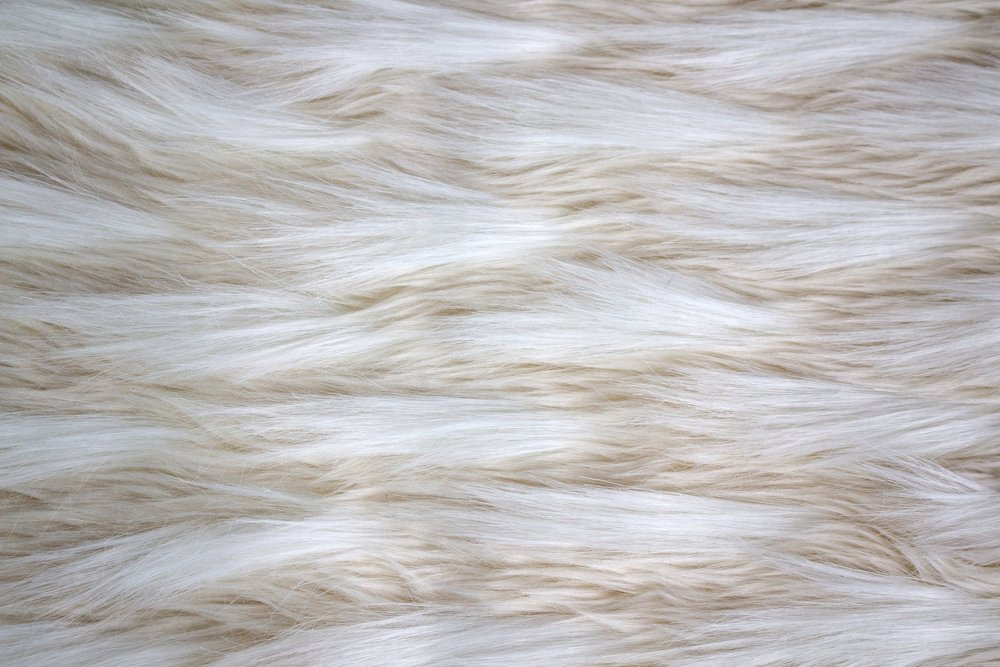 White Fur Runner_Flat.jpg