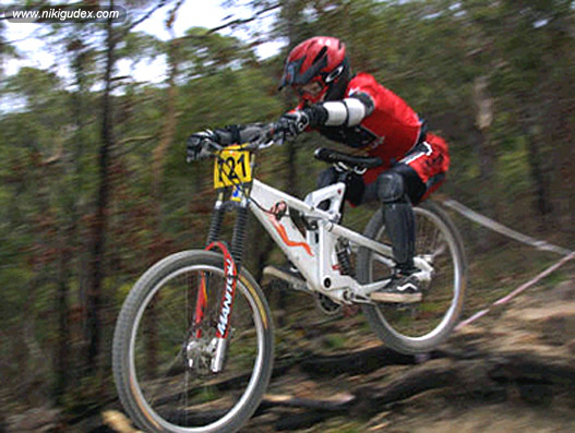 _nikigudex_on_bike_mtb106.jpg