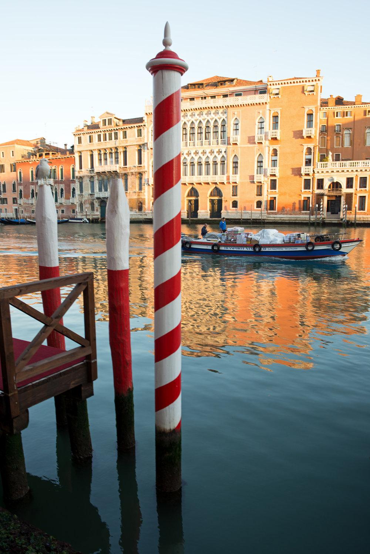 tidlig morgen i Venezias gater og kanaler (12).jpg