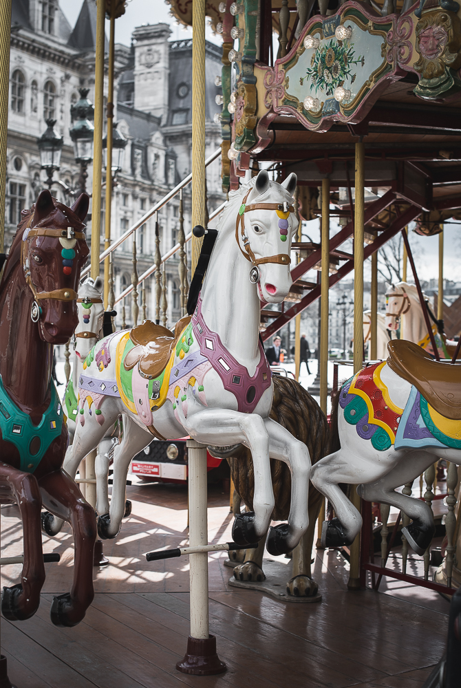 horses at  the carousel at hotel de ville Marais Paris-1.jpg