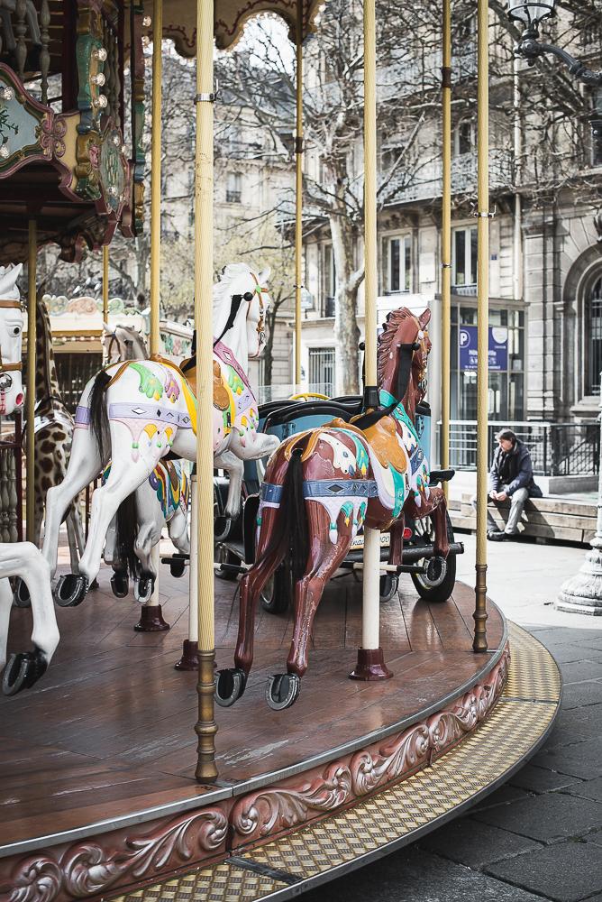 carousel at hotel de ville Marais Paris-1.jpg