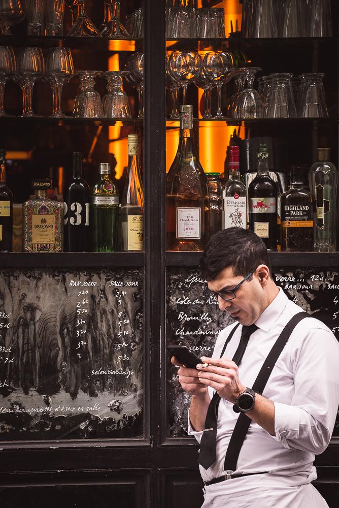 waiter on a cigarette break-1.jpg