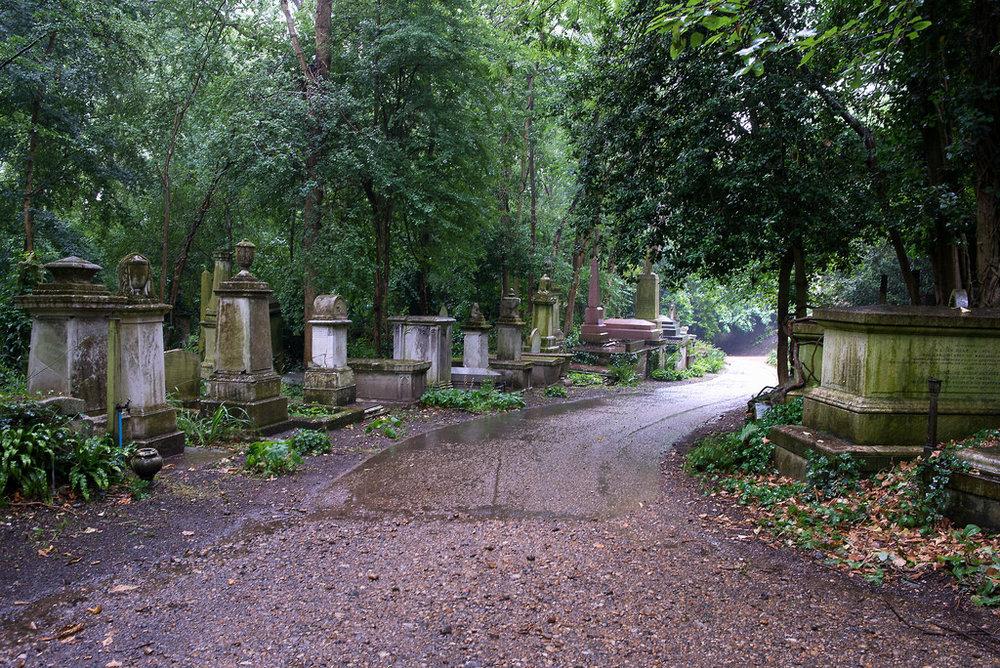 Å ha sin grav plassert nærmest veien var veldig viktig ... #location #location #location