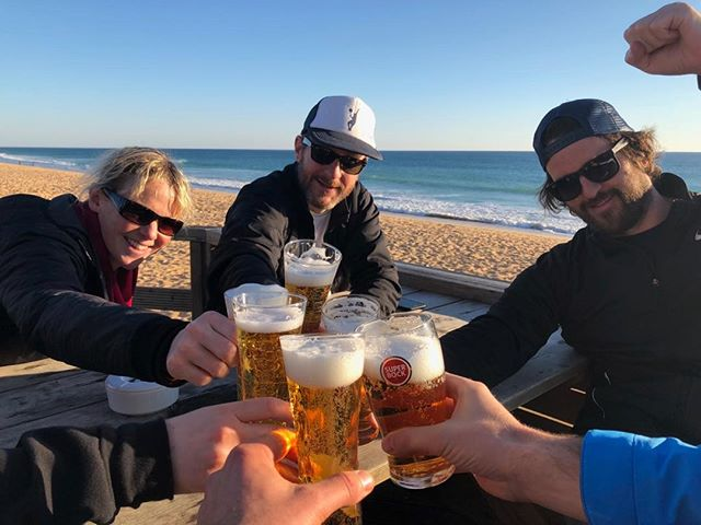 Sunset beer time! @indgejack @jelstons #courtfitontour3 #sunsetbeertime #algarve