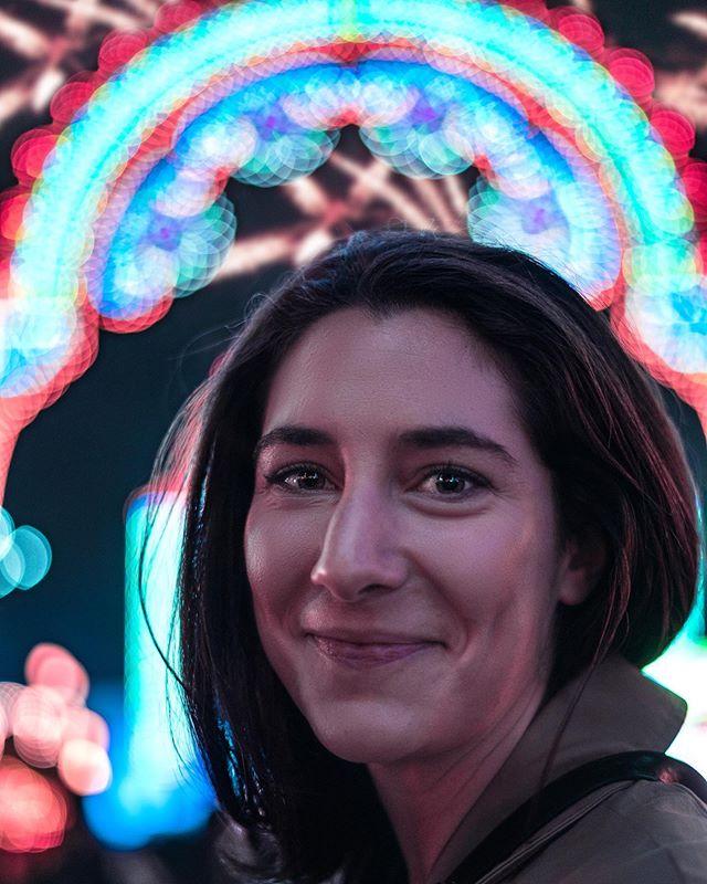 Fireworks flying in a Winter Wonderland 💥🎄 - 📍 @hydeparkwinterwonderland - 📸 @sonyalpha - #portraits #portrait #portraits_ig #pixel_ig#portraiture #expofilm3k #portrait_perfection #portraitstyles_gf #snowisblack #portraits_universe #featurepalette #bleachmyfilm #portraitmood #featurepalette #rsa_portraits #makeportraits #profile_vision #top_portraits#life_portraits #postthepeople #quietthechaos #2instagood #way2ill #justgoshoot #artofvisuals #l0tsabraids #ftwotw