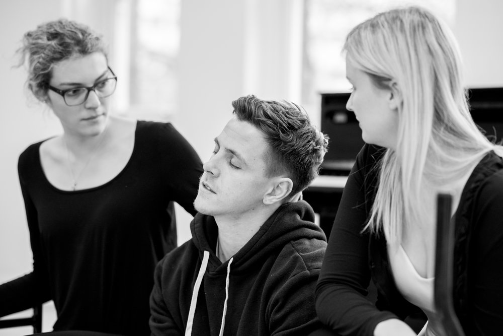 Harriet Taylor, Scott Howland, Rory Richardson, and Laura Dorn in rehearsal for MEIWES/BRANDES at The Actor's Centre.