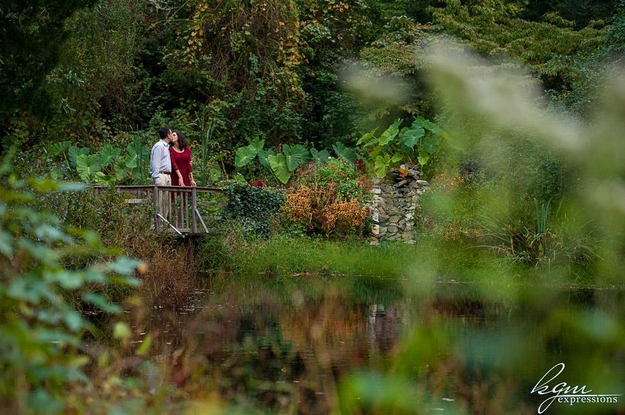 Leamings Run Gardens Engagement