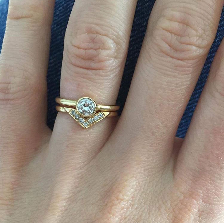 gold-diamond-ring.jpg