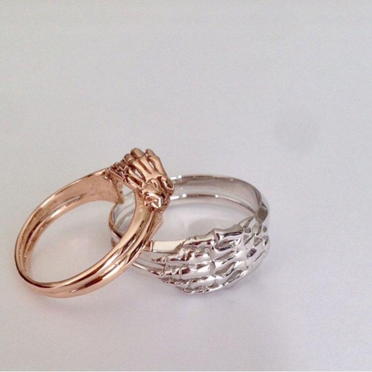 skeleton-wedding-rings.jpg