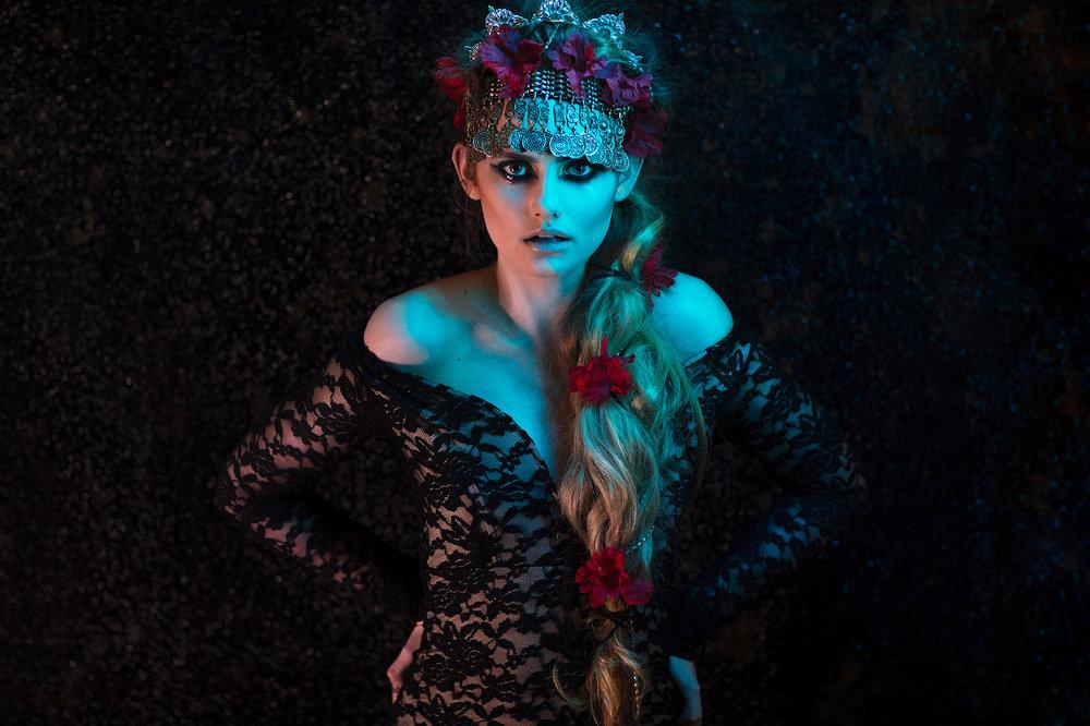 Model: Sloan | HMUA: Rabia N