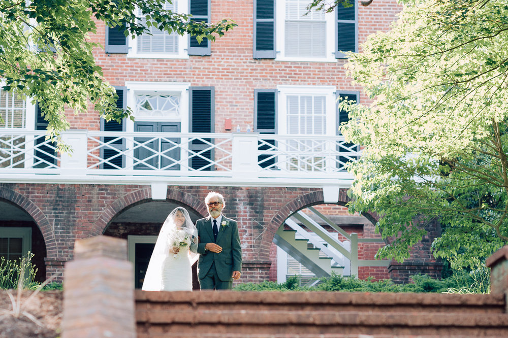 wedding_uva_colonnade_charlottesville_youseephotography-15.jpg