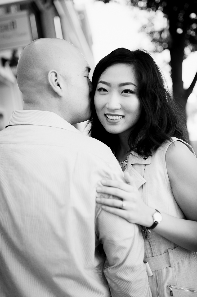 engagement_downtown_fredericksburg_virginiaweddingphotographer_youseephotography_HelenPaul (2).jpg