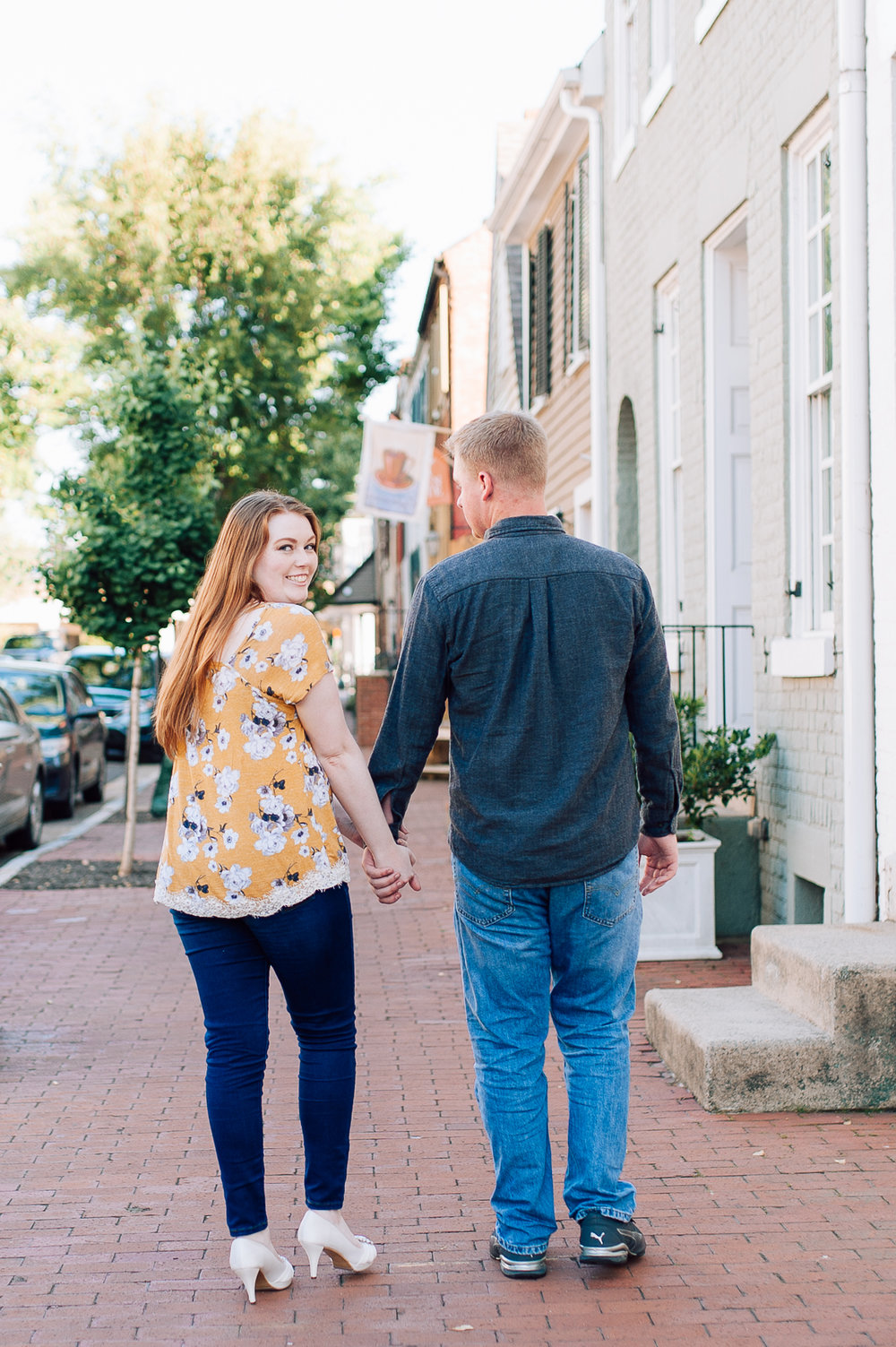 engagement_downtown_fredericksburg_virginiaweddingphotographer_youseephotography_ErinBrad (9).jpg