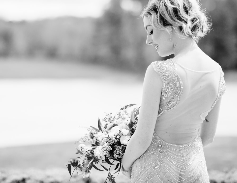 virginiawedding_bridalphotos_charlottesvillewedding_youseephotography_TrumpWinery (29).jpg