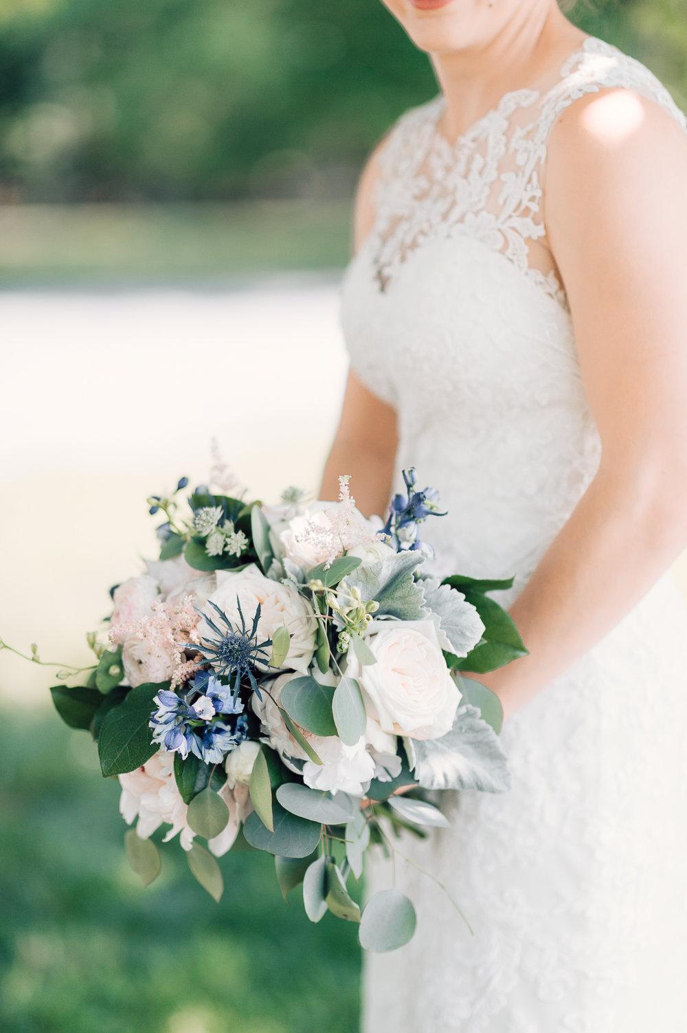 charlottesvillewedding_backyardwedding_virginia_youseephotography_CaitlinDerek (9).jpg