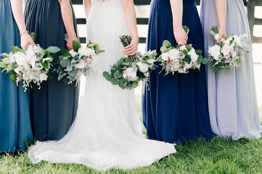 charlottesvillewedding_backyardwedding_virginia_youseephotography_CaitlinDerek (27).jpg