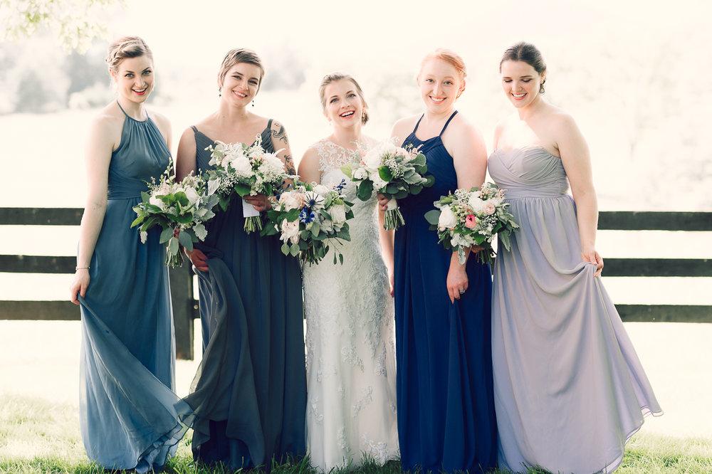 charlottesvillewedding_backyardwedding_virginia_youseephotography_CaitlinDerek (32).jpg