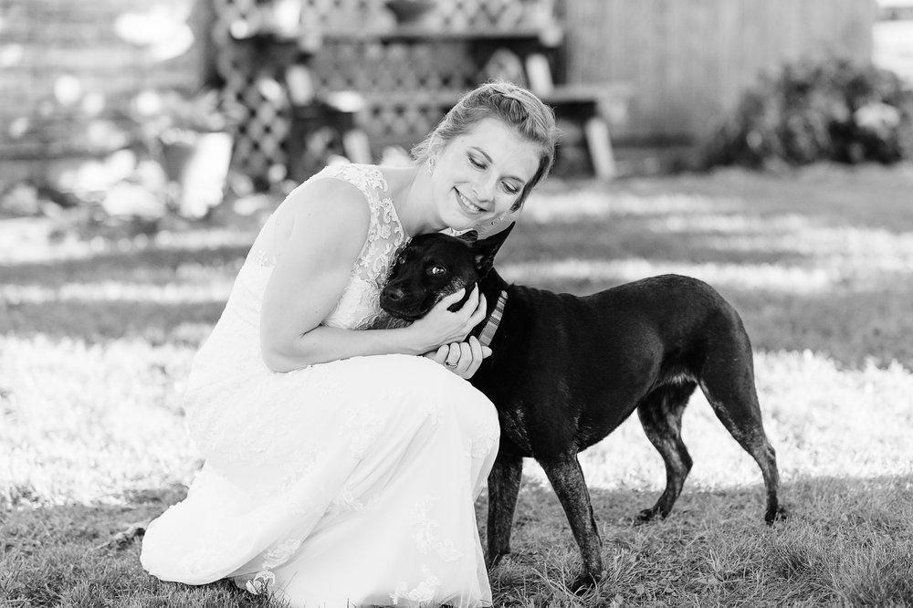 charlottesvillewedding_backyardwedding_virginia_youseephotography_CaitlinDerek (64).jpg