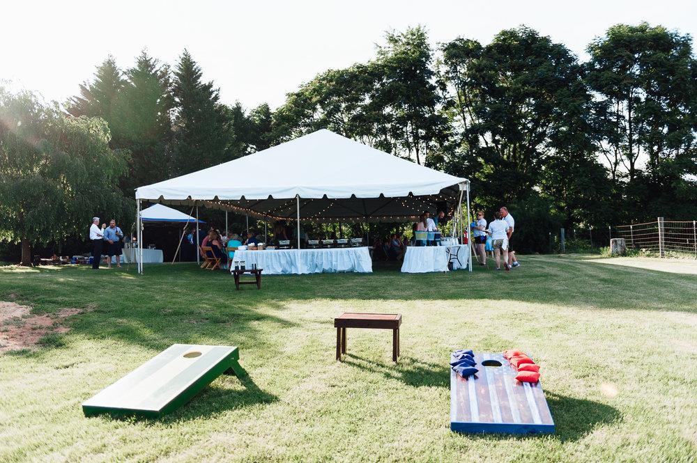 charlottesvillewedding_backyardwedding_virginia_youseephotography_CaitlinDerek (67).jpg