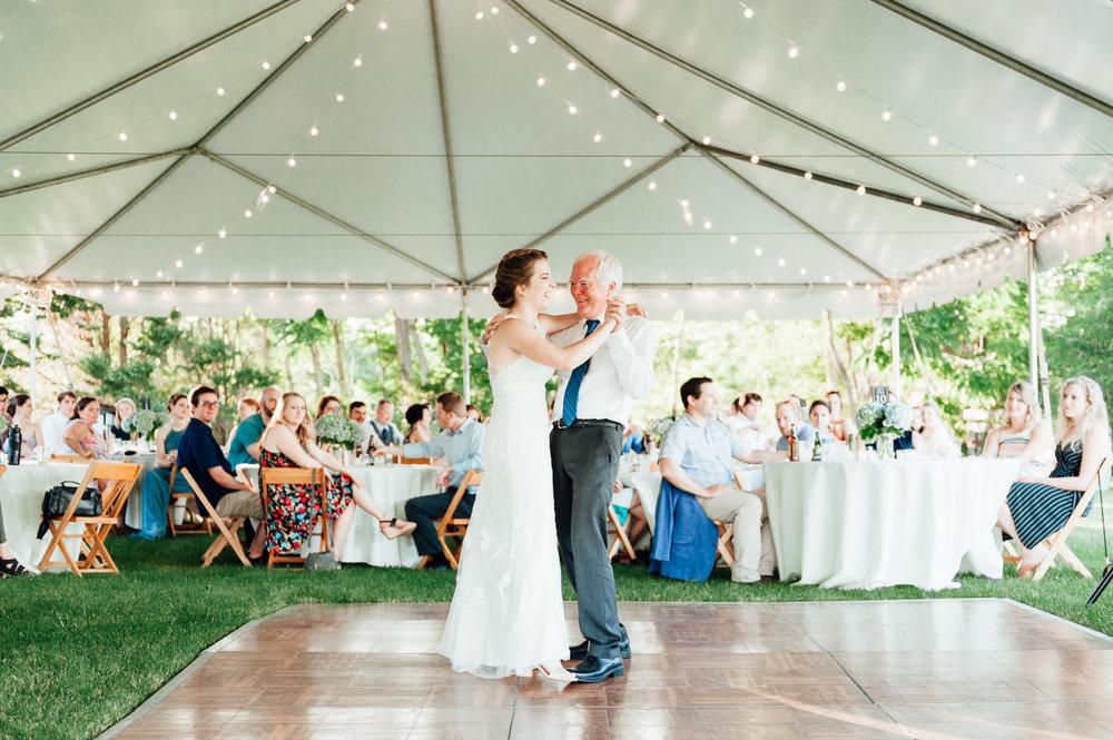 charlottesvillewedding_backyardwedding_virginia_youseephotography_CaitlinDerek (75).jpg