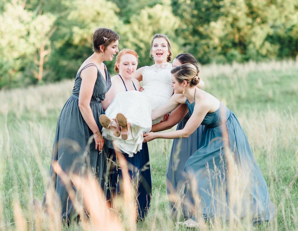 charlottesvillewedding_backyardwedding_virginia_youseephotography_CaitlinDerek (91).jpg