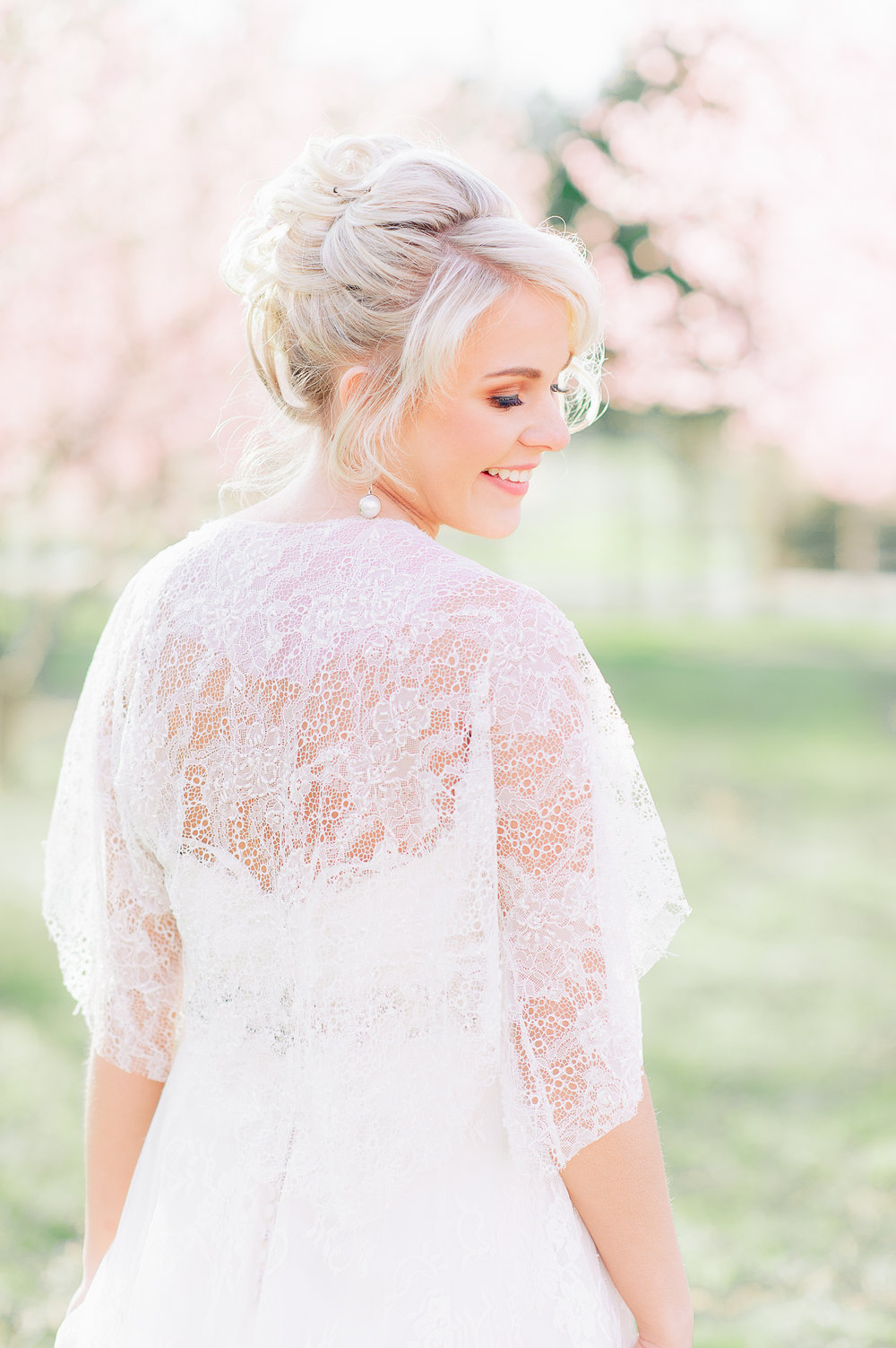 youseephotography_virginia_styledshoot_springwedding_blossoms  (17).jpg
