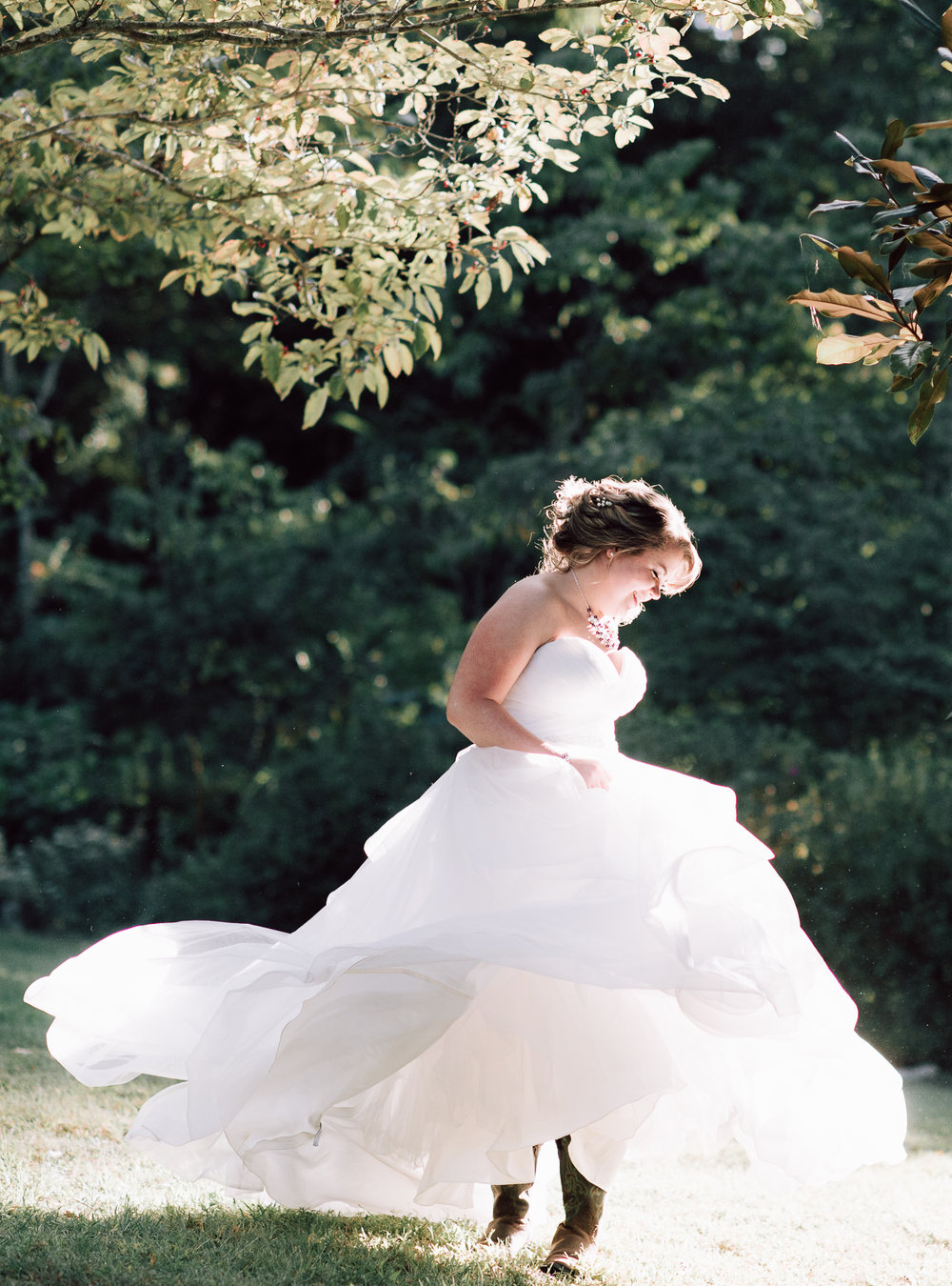 youseephotography_virginiawedding_fall_WallaceManor_EmilyCody (73).jpg