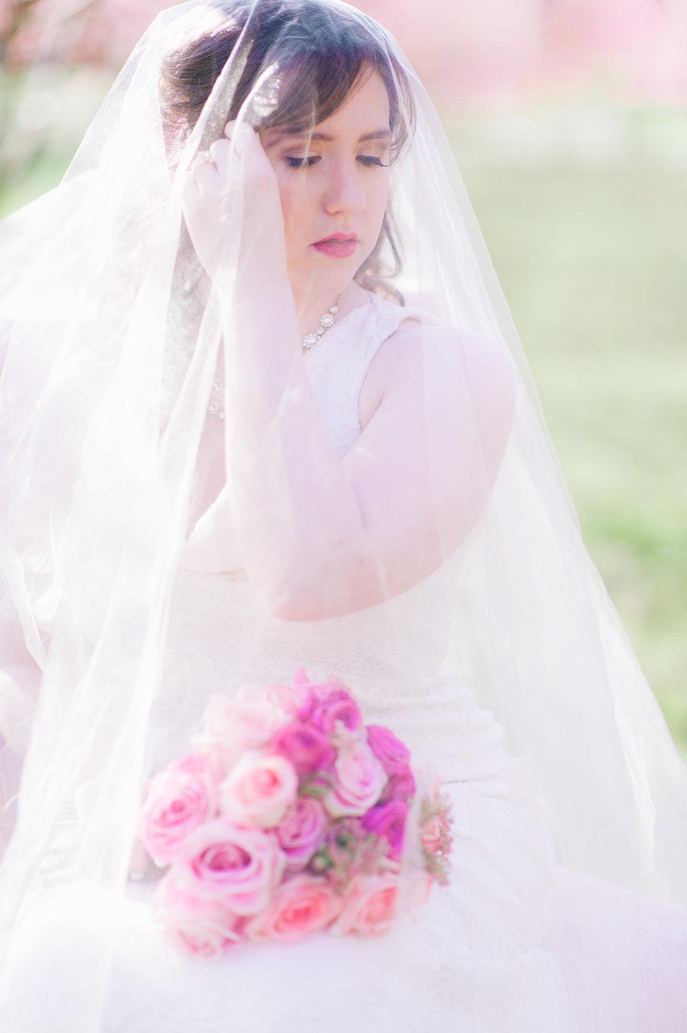 springwedding_cherryblossoms_virginiaphotographer_youseephotography_styledshoot (498).jpg