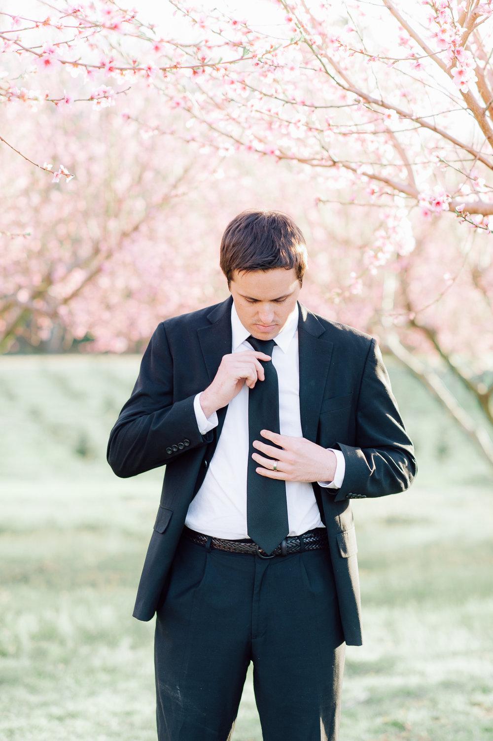 springwedding_cherryblossoms_virginiaphotographer_youseephotography_styledshoot (591).jpg