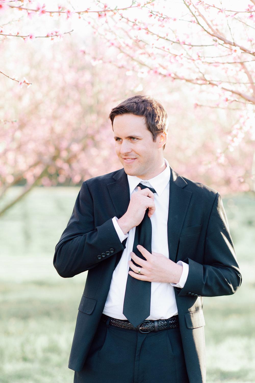 springwedding_cherryblossoms_virginiaphotographer_youseephotography_styledshoot (592).jpg
