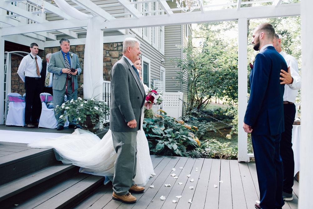 virginiawedding_GlenGarden_rusticwedding_fredericksburg_youseephotography_KellySteven (31).jpg