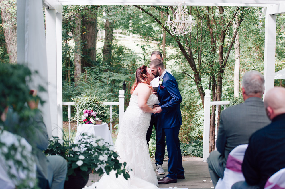 virginiawedding_GlenGarden_rusticwedding_fredericksburg_youseephotography_KellySteven (39).jpg
