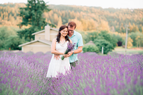 Lidia & Otto Engaged || Lavender Love session — YouSee