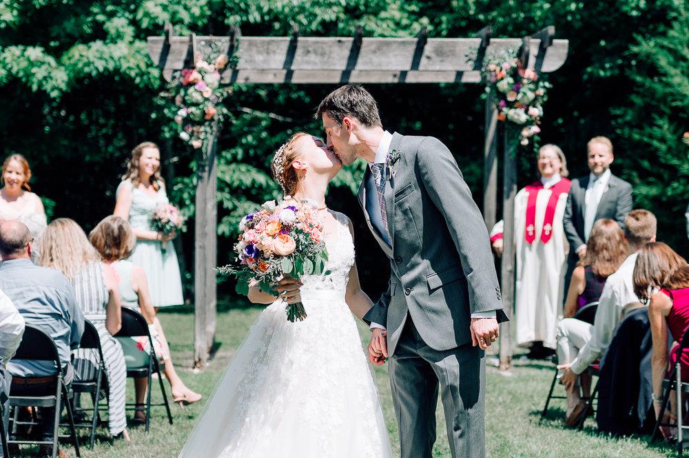 virginiawedding_theGlasgowFarm_rusticwedding_fredericksburg_youseephotography_CarolineDale (42).jpg