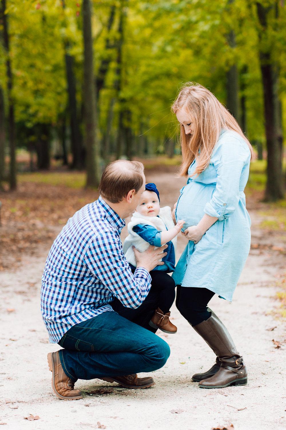 maternity_fallphotos_fredericksburgphotographer_leesylvania_youseephotography_Heather (6).jpg