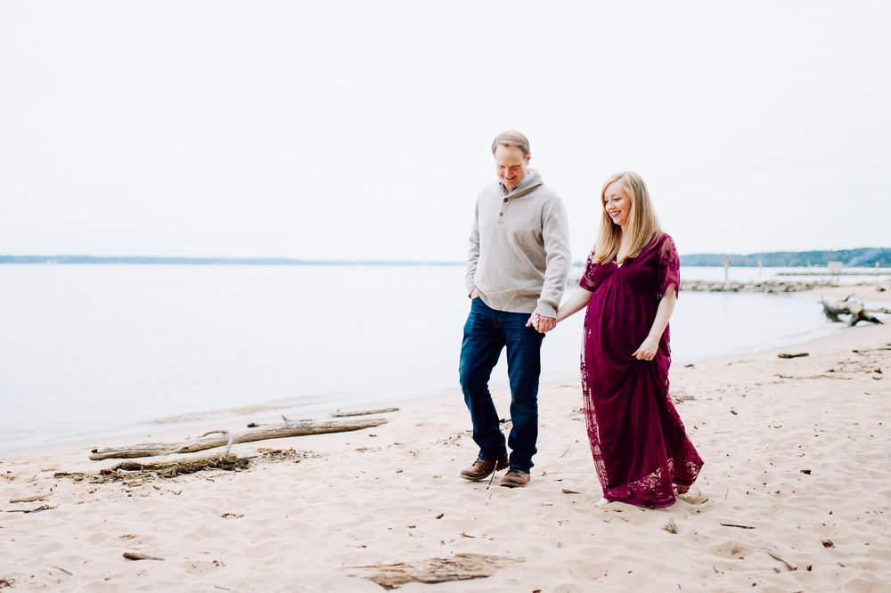 maternity_fallphotos_fredericksburgphotographer_leesylvania_youseephotography_Heather (42).jpg