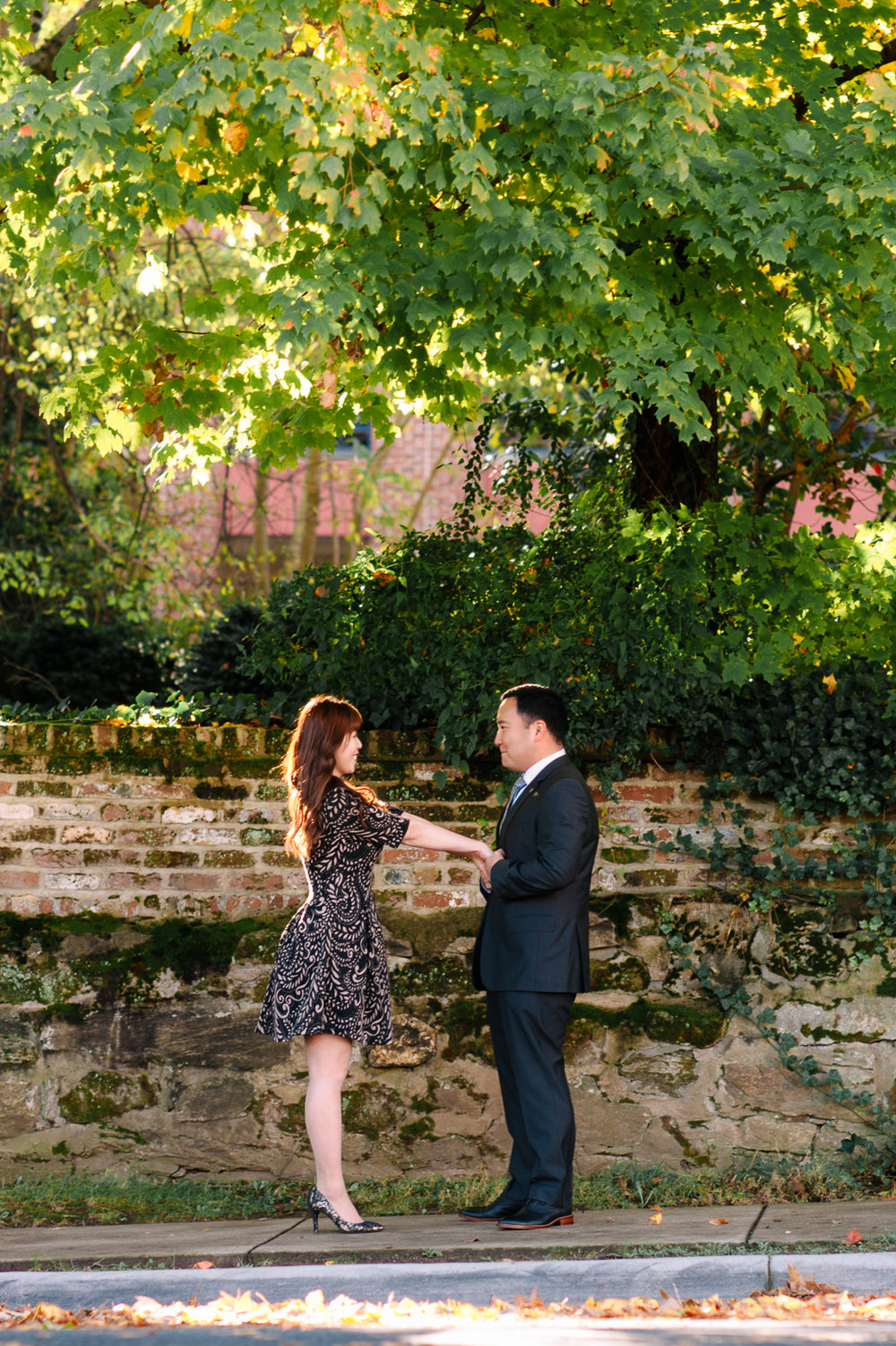 engagement_downtownfredericksburg_Fall_virginiaweddingphotographer_youseephotography_KatieKevin (3).jpg