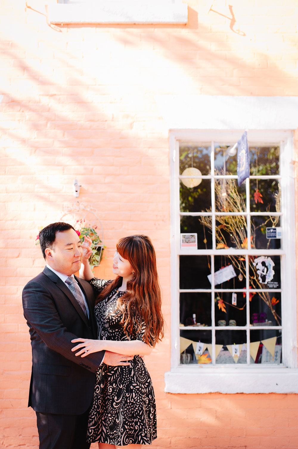 engagement_downtownfredericksburg_Fall_virginiaweddingphotographer_youseephotography_KatieKevin (7).jpg